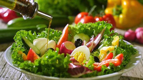 Nguyên liệu làm salad hoa quả:
