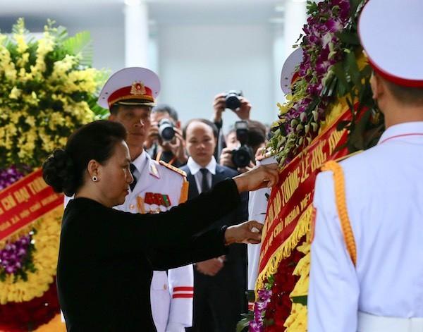 Chủ tịch Quốc hội Nguyễn Thị Kim Ngân tại lễ viếng. Ảnh: VNE