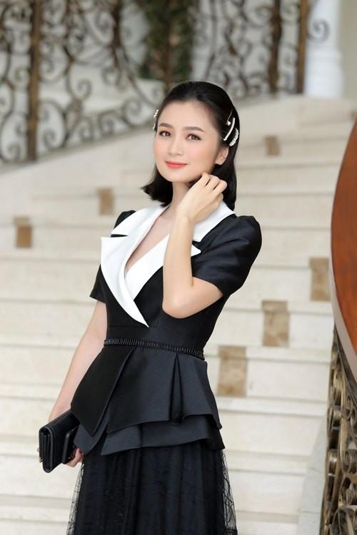 Diễn viên Diệu Hương, chủ nhân của những mâm cơm nhìn đã thấy mát.
