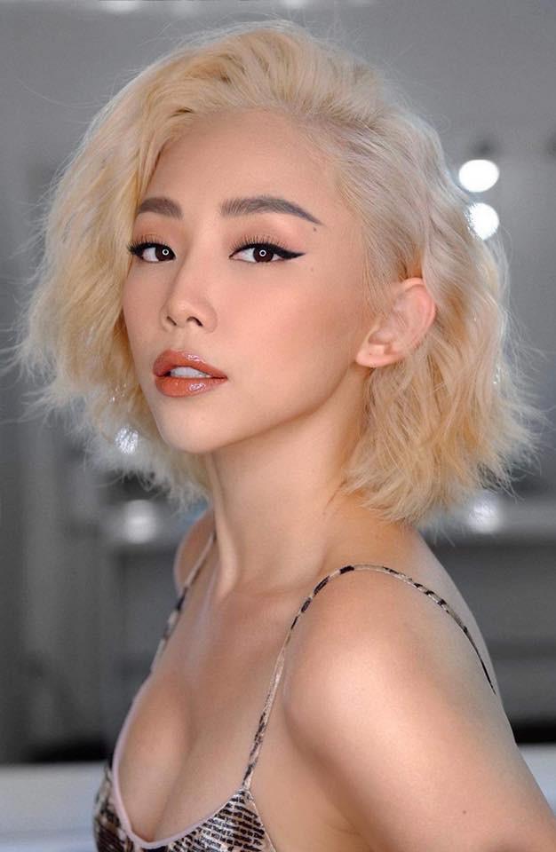 Thay đổi hình ảnh tóc ngắn, sexy là khởi đầu cho mâu thuẫn của Tóc Tiên và mẹ