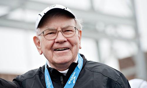 Warren Buffett cho biết chìa khóa hạnh phúc không phải là tiền. Ảnh: CNBC.