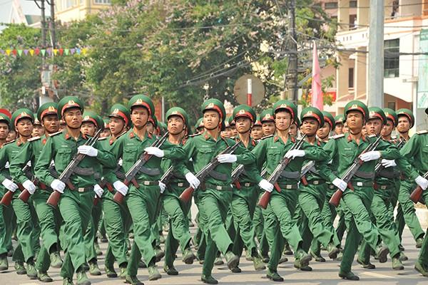 Đội hình diễu binh, diễu hành được chia làm 27 khối.
