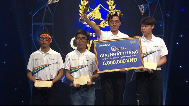 Nguyễn Bá Vinh - nam sinh đạt kỷ lục điểm số 19 năm của ĐLĐ Olympia lại tiếp tục ghi kỷ lục điểm tuyệt đối phần thi Tăng tốc.