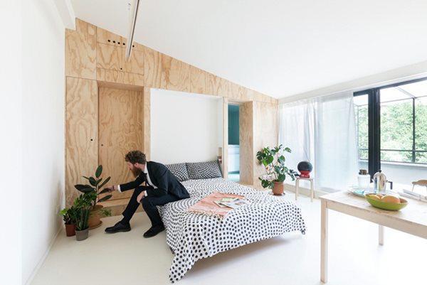 Thách thức với người thiết kế căn hộ này là làm sao đưa đến cho người ở trong căn hộ 28m2 cảm giác thoải mái như khi ở trong căn hộ diện tích lớn. Căn hộ nằm ở Milan, Italia.
