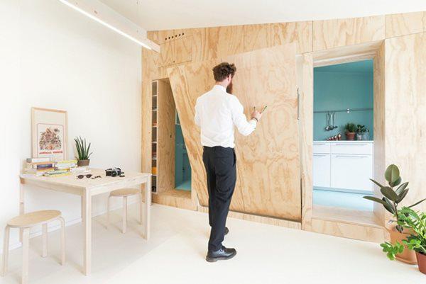 Các khu vực nhỏ có thể ở được đều được tận dụng để mang lại nhiều không gian nhất cho gian phòng chính.