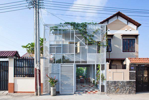 Căn nhà chúng tôi muốn giới thiệu hôm nay nằm ở một khu đô thị mới thuộc thành phố Thuận An, tỉnh Bình Dương.