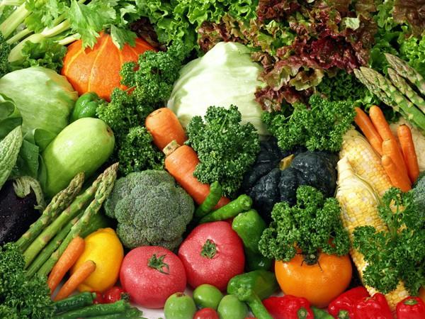 Ăn nhiều rau xanh và trái cây giúp cân bằng hormone tuyến giáp