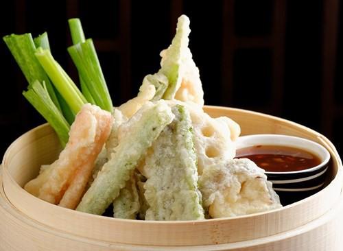 Cách trộn rau củ quả với các đồ ăn khác chứa nhiều calo và chất béo