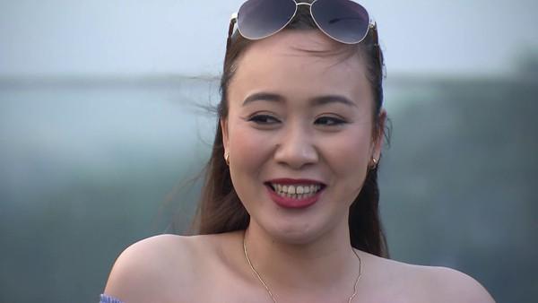 Phùng Khánh Linh hạnh phúc với đam mê kịch nói của mình.