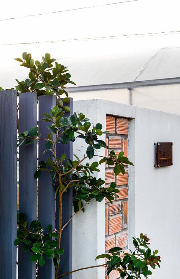 Bình yên và tĩnh lặng chính là những điều mà đội ngũ kiến trúc sư muốn mọi người cảm nhận được khi đến thăm ngôi nhà.