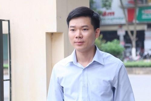 Bác sỹ Hoàng Công Lương tại toà (ảnh tư liệu)