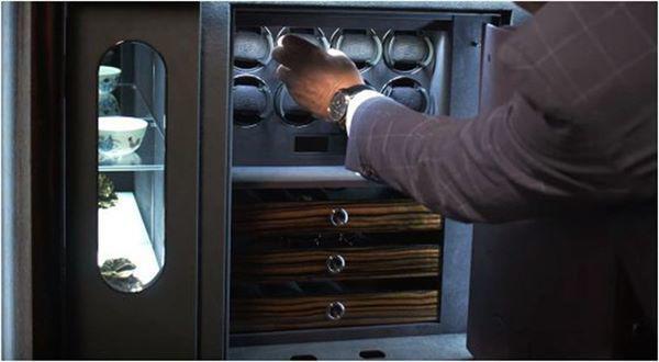 Két được trang bị hệ thống khóa bảo mật với chìa khóa cơ và hệ thống báo động.