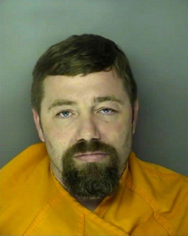 Sidney bị kết án 10 năm vì tội cản trở công lý và đang phải đối mặt với phiên tòa xét xử về tội bắt cóc.