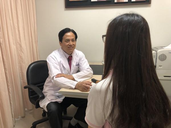 Bác sĩ Wu Wenhong.