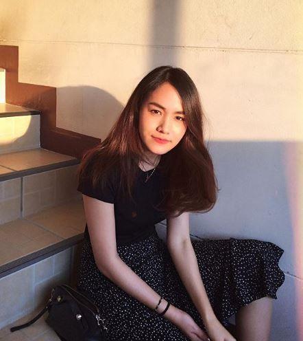 Nữ diễn viên, ca sĩ Butsaran Thongchew.