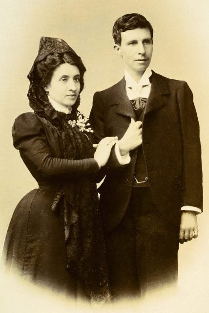 Marcela và Elisa sau lễ cưới