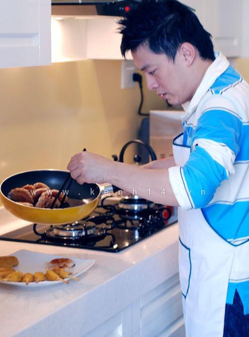 Lam Trường quan niệm, nấu ăn cũng là cách để giảm stress tốt nhất.