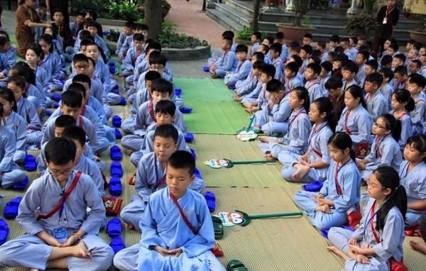 Các chùa luôn hướng dẫn các tu sinh thiền để cân bằng tinh thần, sức khỏe. Ảnh minh họa.