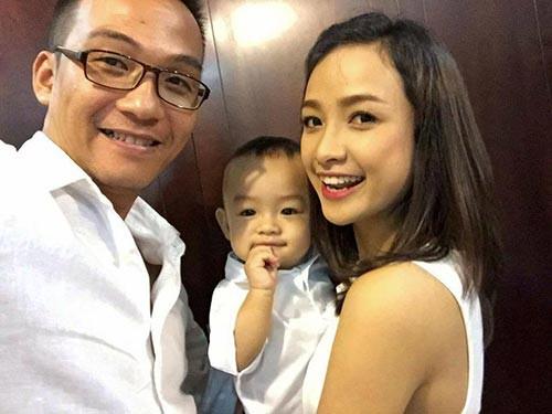 Lê Bê La của hiện tại đã là bà mẹ một con, có cuộc sống gia đình ấm êm, hạnh phúc bên ông xã là phó đạo diễn Hải Thanh sau mối duyên phim Cổng mặt trời.