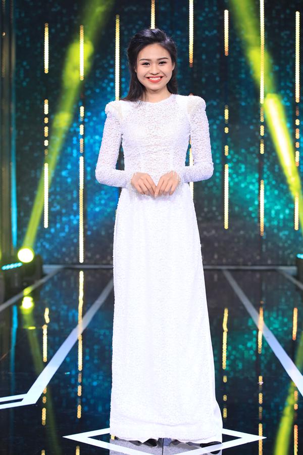 Lê Lộc - con gái của Lê Giang là nữ chính của tập 12. Cô cảm thấy hồi hộp khi có mẹ ruột trong ban cố vấn cùng mình lựa chọn chàng trai phù hợp.