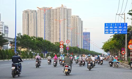Các chung cư phía Đông TP HCM. Ảnh: Vũ Lê