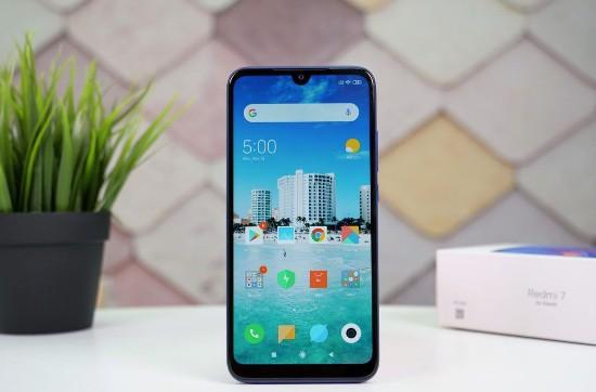 Top 4 smartphone màn hình giọt nước thời thượng giá rẻ - Ảnh 1.