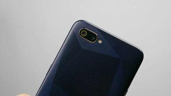 Top 4 smartphone màn hình giọt nước thời thượng giá rẻ - Ảnh 13.