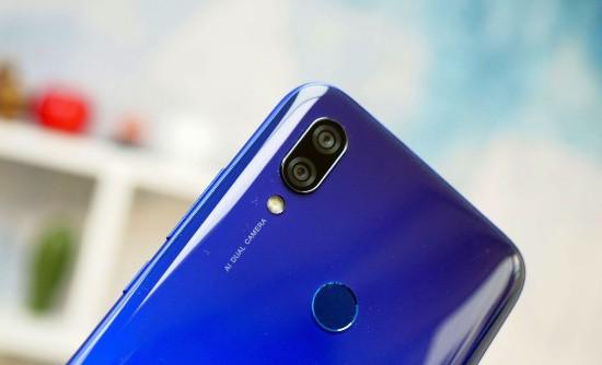Top 4 smartphone màn hình giọt nước thời thượng giá rẻ - Ảnh 5.