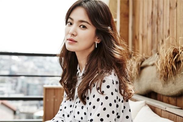 Song Hye Kyo: Tình duyên long đong mãi mới cưới được chồng thì bất ngờ bị đệ đơn ly dị - Ảnh 4.