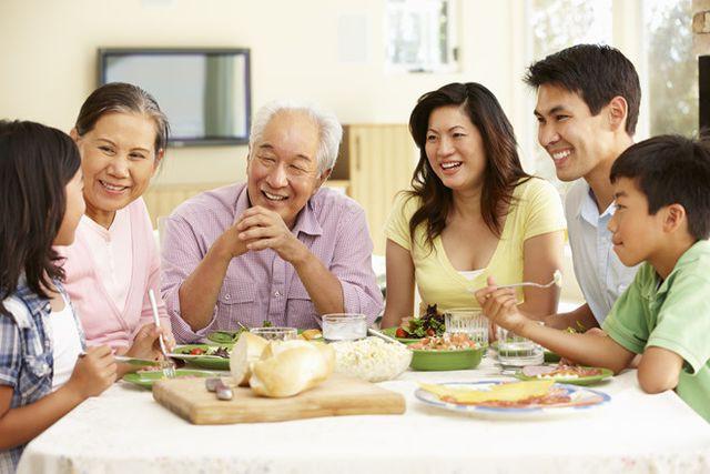 Hốt hoảng với nỗi niềm gia đình càng nhỏ sự cô đơn càng lớn - Ảnh 1.