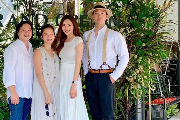 Hình ảnh mới nhất của Đỗ Hải Yến và chồng trên trang cá nhân của Hồ Ngọc Hà.