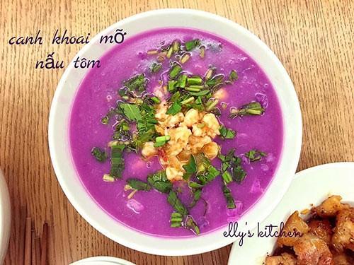 Món canh khoai mỡ nấu tôm truyền thống và rất bắt mắt của Elly Trần.
