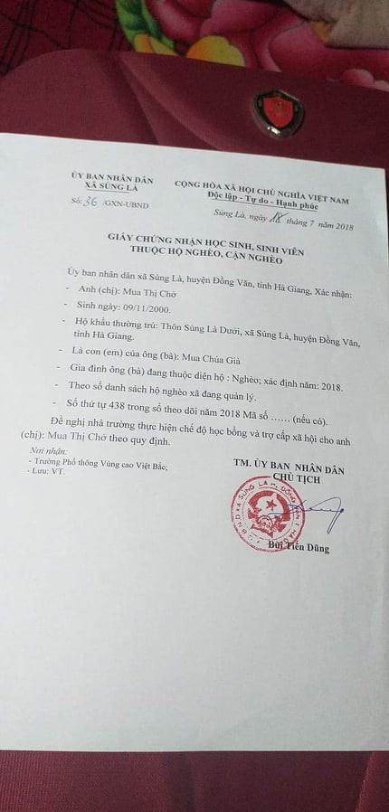 Một ngày vất vả kiếm tiền đi học của nữ sinh nghèo người Hmông được tuyển thẳng vào đại học - Ảnh 5.