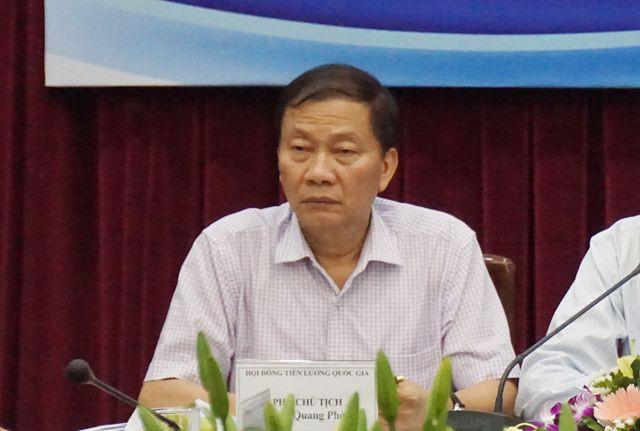 Ông Hoàng Quang Phòng tại cuộc họp chiều 11/7.