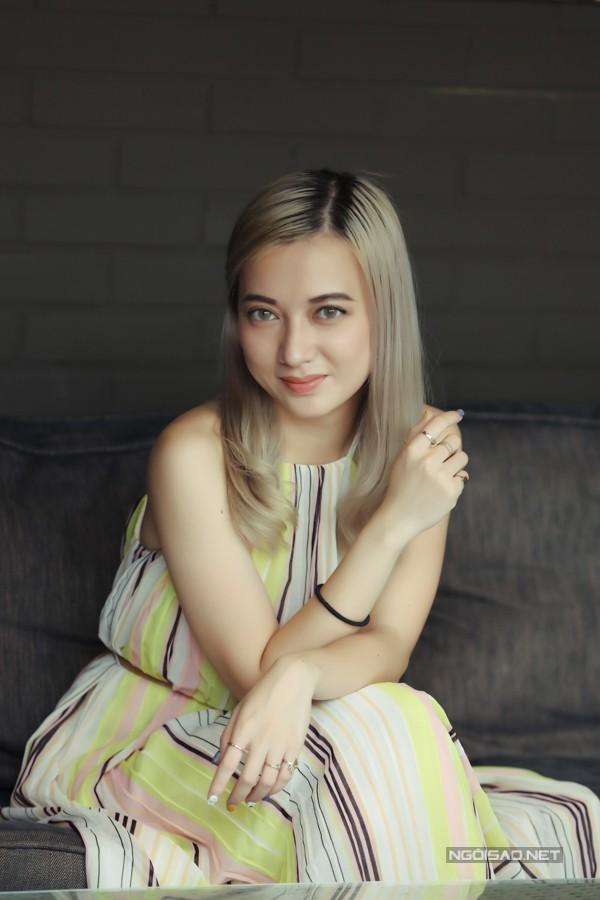 Nữ ca sĩ không khó chịu khi nhiều khán giả vẫn quen gọi cô là bé Xuân Nghi như hồi nhỏ.