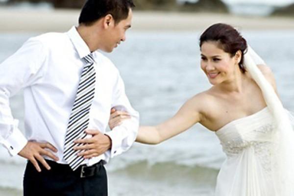 Năm 2009, Thân Thúy Hà lấy chồng doanh nhân.