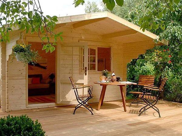 Để xây dựng ngôi nhà nhỏ cần 2 người làm việc trong 2 ngày.