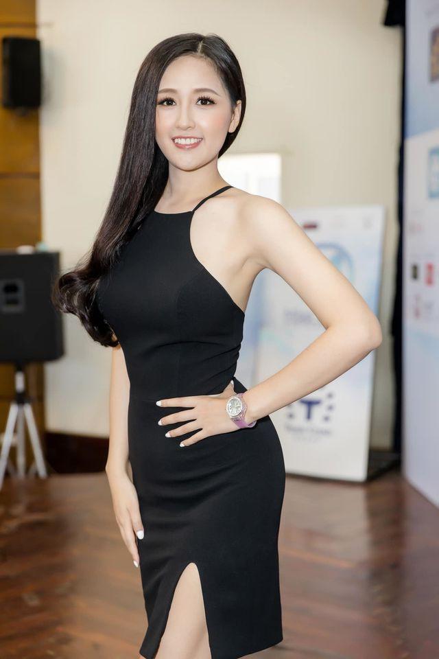 Hoa hậu Mai Phương Thúy phủ nhận chuyện sắp kết hôn...