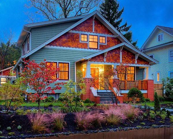 Một mẫu bungalow đẹp tuyệt với hình khối kiến trúc cổ điển hòa quyện với cảnh quan xung quanh.