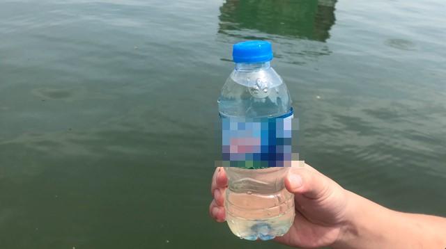 Nước hồ Tây trong vắt sau 1,5 tháng thí điểm xử lý ô nhiễm bằng công nghệ Nhật Bản.
