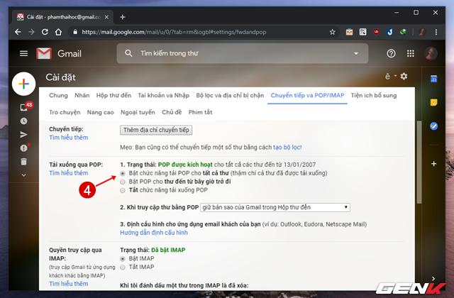 Khi trang Chuyển tiếp và POP/IMAP mở ra, bạn hãy đánh dấu chọn vào lựa chọn Bật chức năng tải POP cho tất cả thư ở mục Tải xuống qua POP.