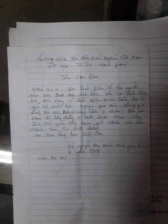 """Bé gái 2 tuổi bị bỏ rơi kèm lá thư """"gửi con để đi lấy chồng"""" có tên mới - Ảnh 3."""