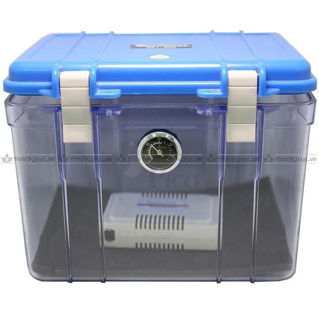 Chi phí hộp chống ẩm không cao nhưng chỉ chứa được 1 body và 1 vài ống kính
