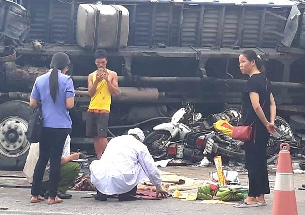Vụ tai nạn thảm khốc tại Hải Dương: Gia cảnh khốn khó của vợ chồng nạn nhân - Ảnh 3.