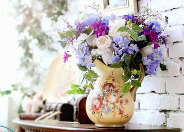 Mẹo xử lý hoa nở sớm cực đỉnh, chơi cả tuần không thối, không hỏng - Ảnh 2.