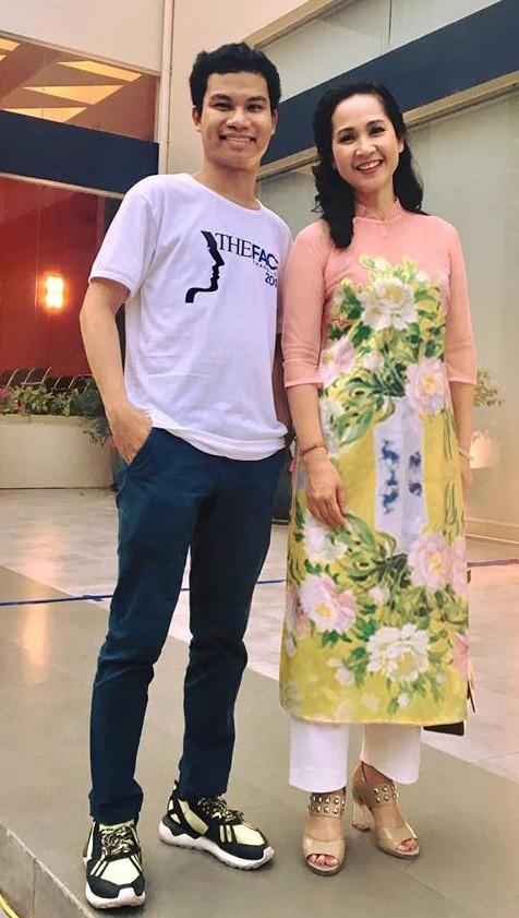 Cân đo gu thời trang của 2 mẹ chồng Bảo Thanh: Trên phim thì khác xa nhưng ngoài đời thì 8 lạng, nửa cân - Ảnh 20.