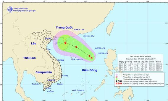 Xuất hiện vùng áp thấp có thể mạnh thành bão giật cấp 8 trên Biển Đông - Ảnh 1.