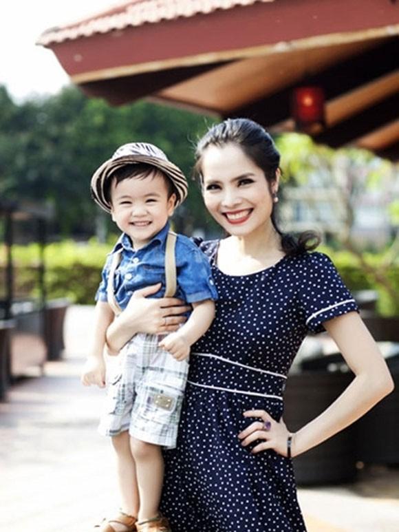 """Diễn viên Kiều Thanh: """"Tôi hạnh phúc với bố của con mình"""" - Ảnh 1."""