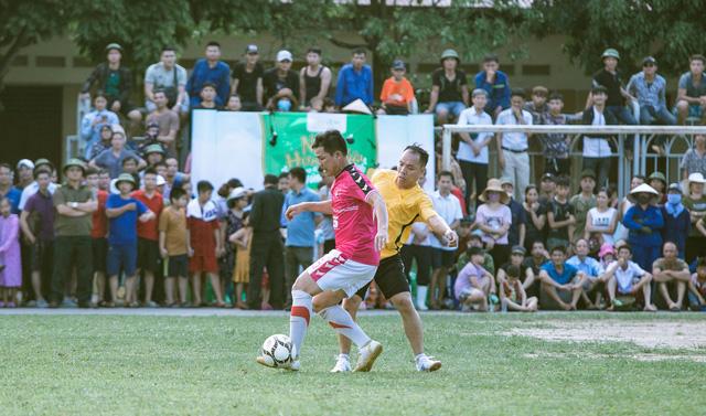 """""""Ông trùm"""" Phan Quân đưa quân đá giao hữu bóng đá gây quỹ từ thiện tại Quảng Ninh - Ảnh 7."""