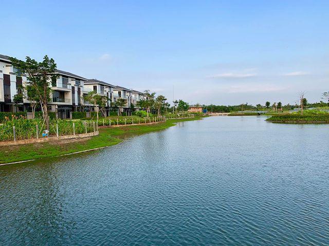 Cận cảnh khu biệt thự triệu đô mà Hồ Ngọc Hà mới tậu nhà - Ảnh 8.